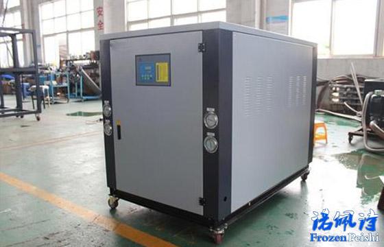 【冷水机知识】水冷式冷水机和风冷式冷水机